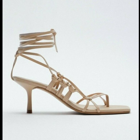 ZARA NEW WOMAN TIED HEEL LEATHER SQUARE SANDALS
